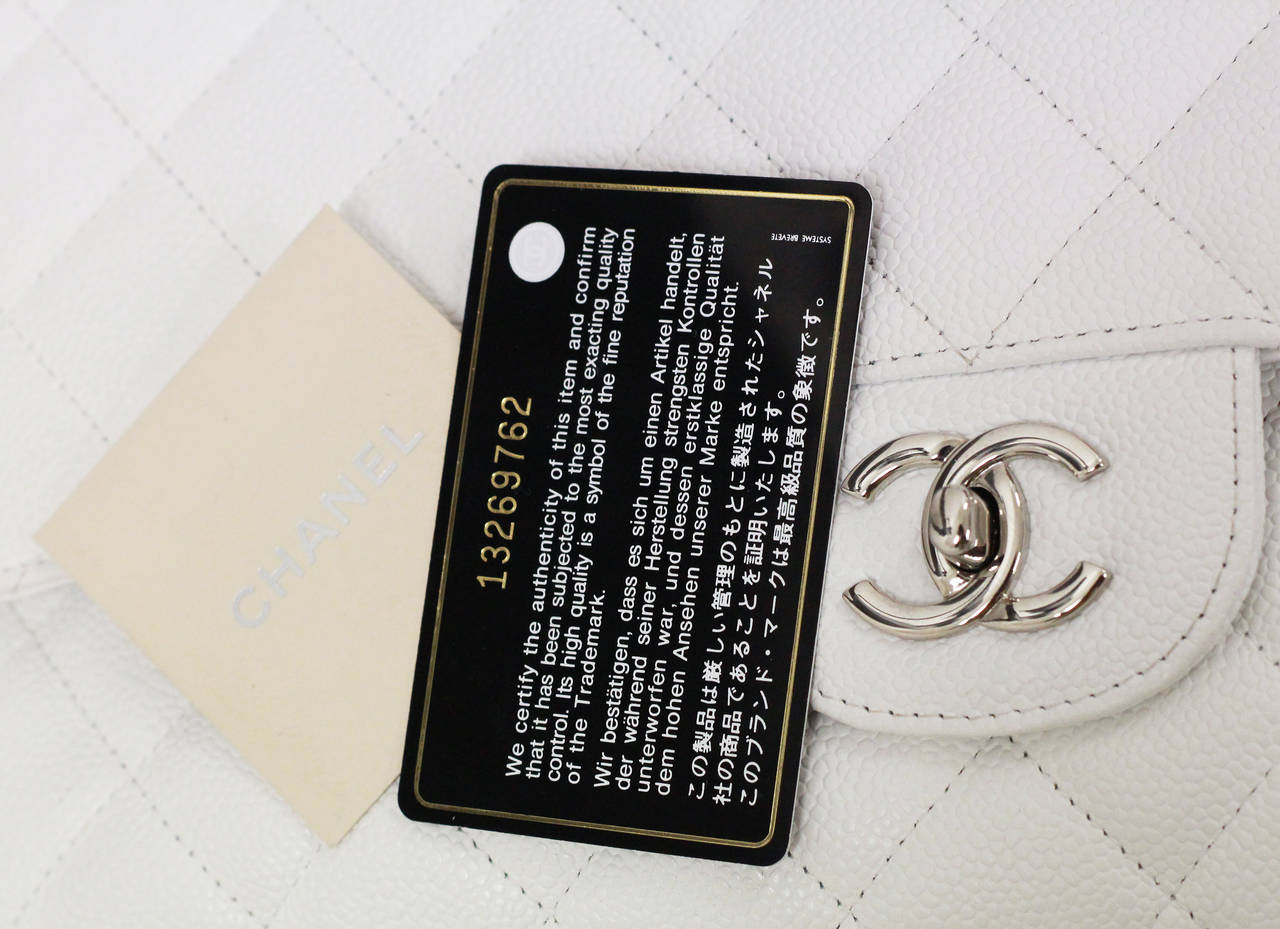 Chanel White Jumbo Caviar Classic Quilted Flap bag CIRCA 2010 4