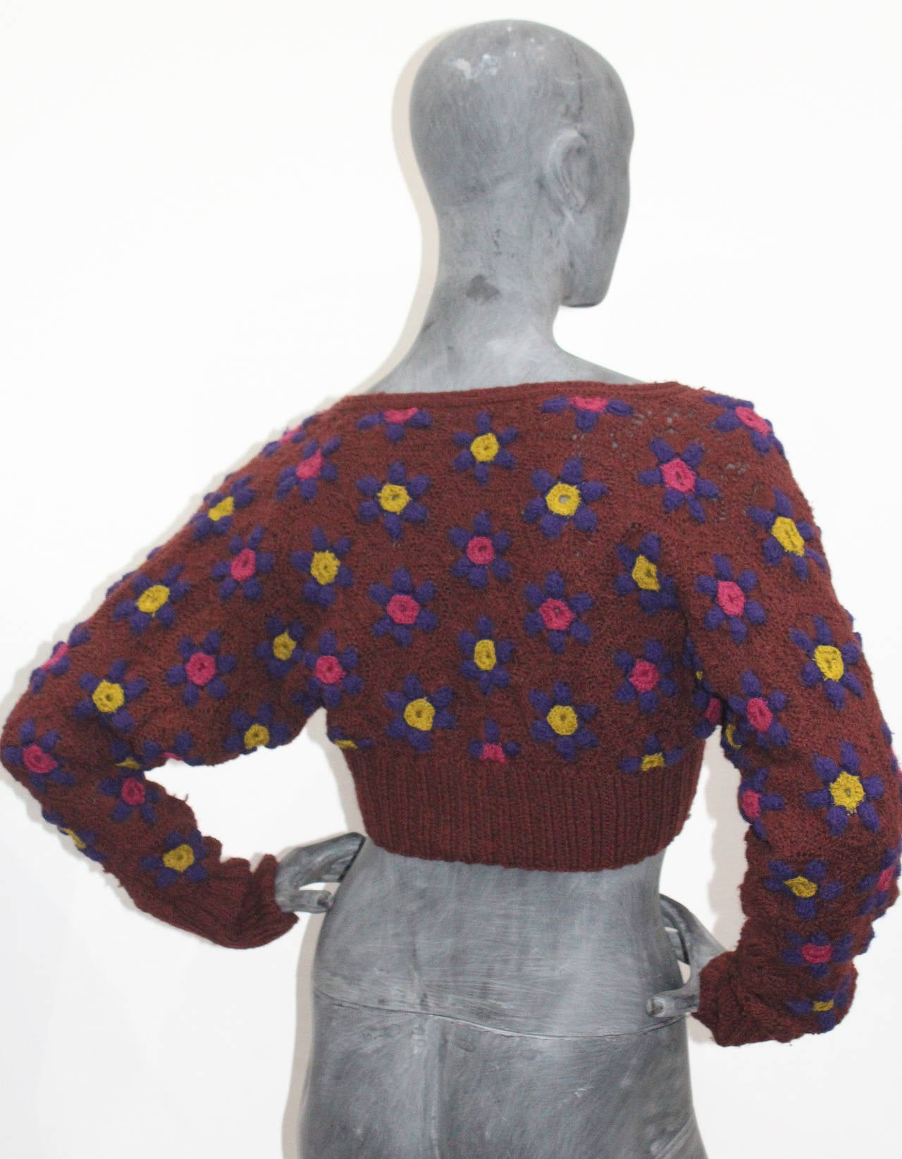 British 1970s Knitted Floral Cropped Cardigan 3