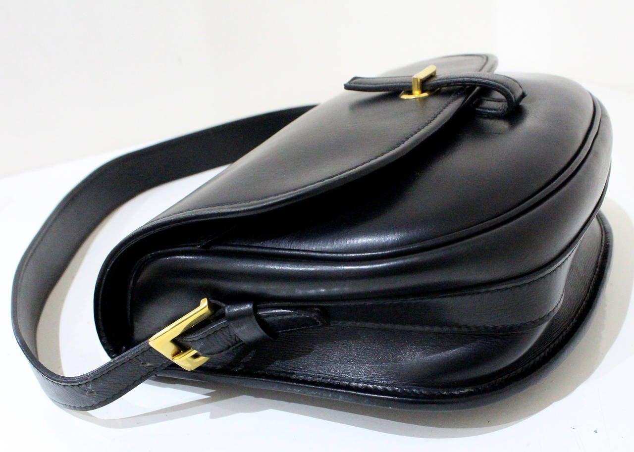 hermes balle de golf flap bag c 1972 at 1stdibs. Black Bedroom Furniture Sets. Home Design Ideas