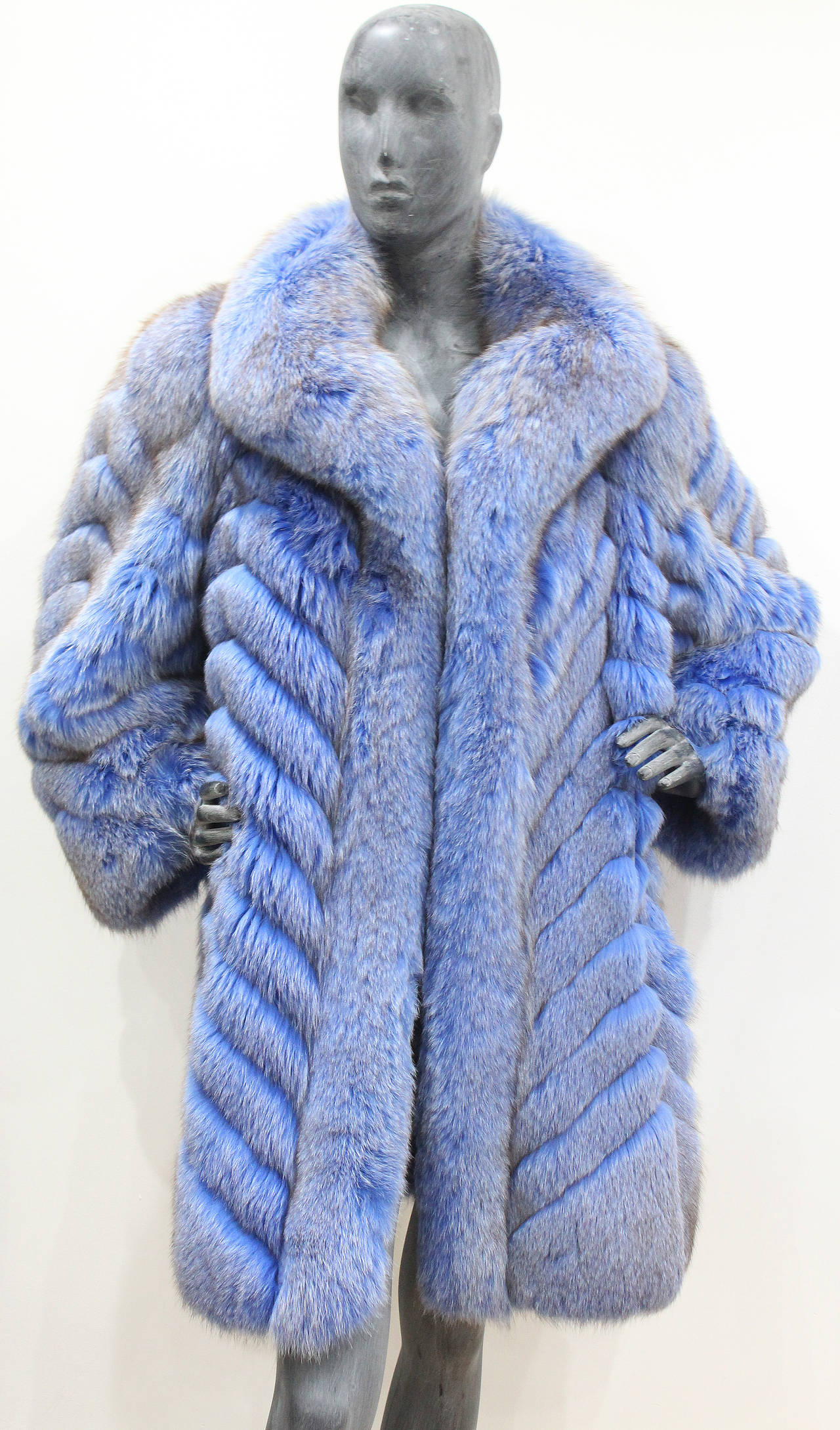 Exceptional 1980s Swiss Oversized Blue Fox Fur Coat 2
