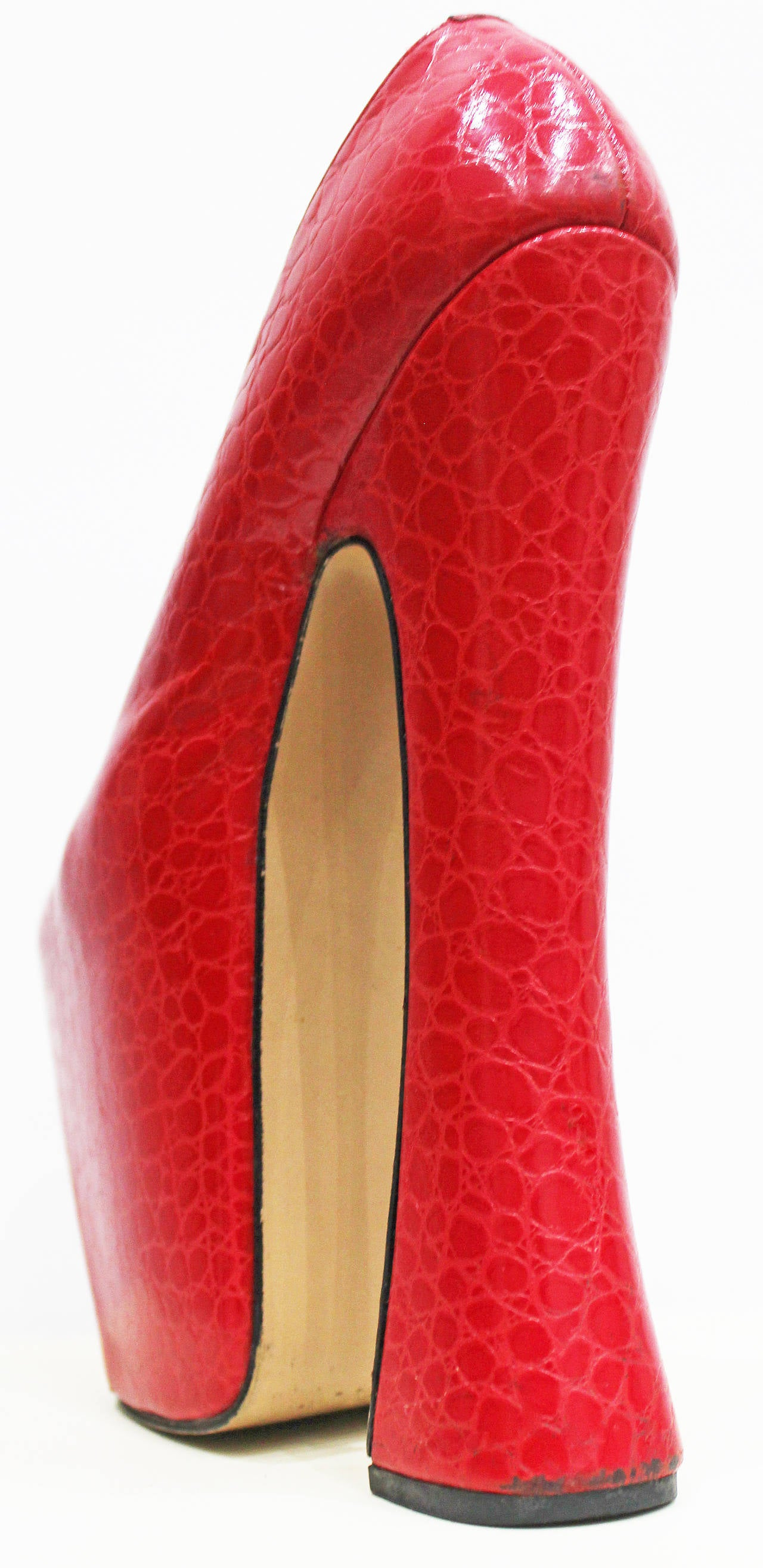 Iconic Vivienne Westwood Super elevated court shoe c. 1993 4