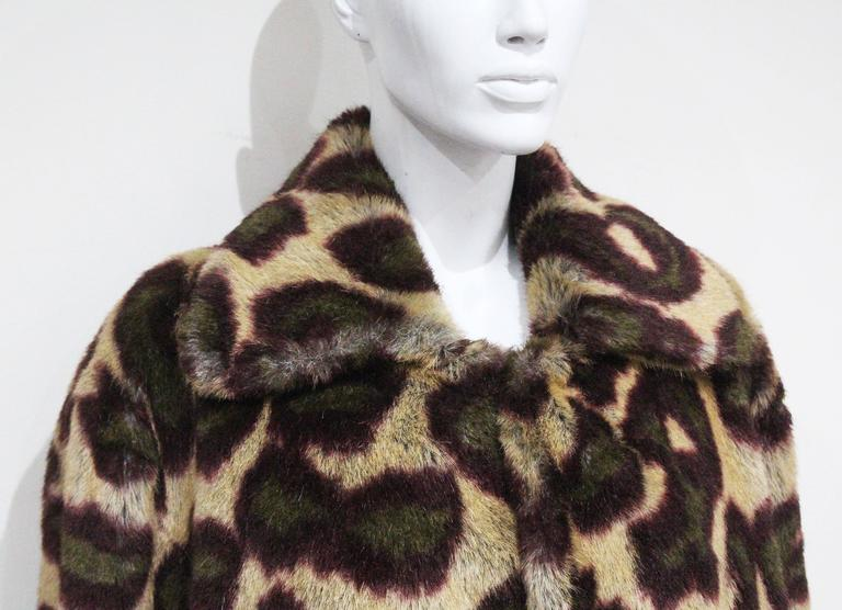 Vivienne Westwood Men's faux fur cheetah print coat, c. 1989 In Excellent Condition For Sale In London, GB