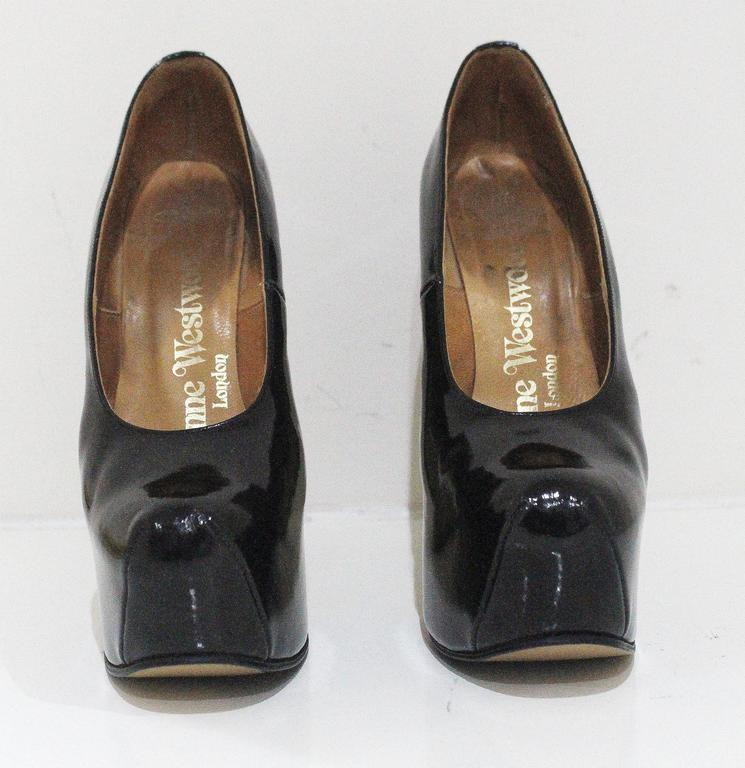 f2a31b9b21 A rare pair of Vivienne Westwood elevated court shoes in black patent  leather. Made in