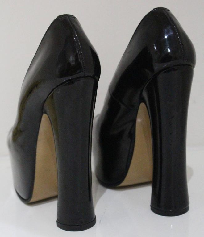 a487a63513 Vivienne Westwood elevated court shoe, c. 1990s For Sale at 1stdibs