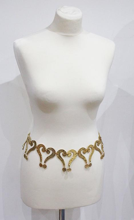 Brown Moschino gold question mark/heart belt, c. 1990s  For Sale
