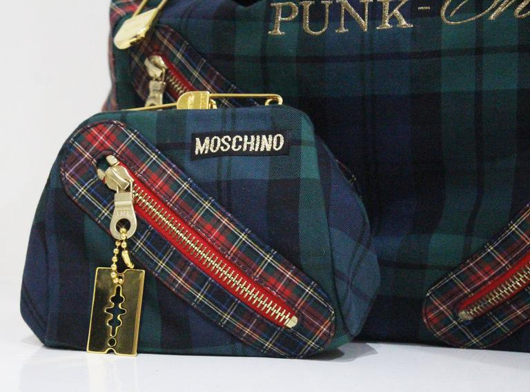 Women's Moschino tartan Punk Chic! large tote bag with purse, c. 1990s  For Sale