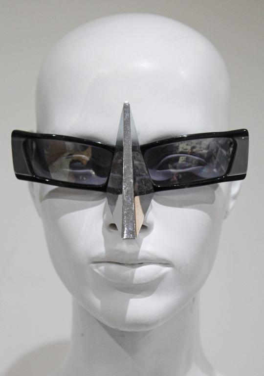 Gray Alain Mikli nose shield sunglasses, c. 1988  For Sale
