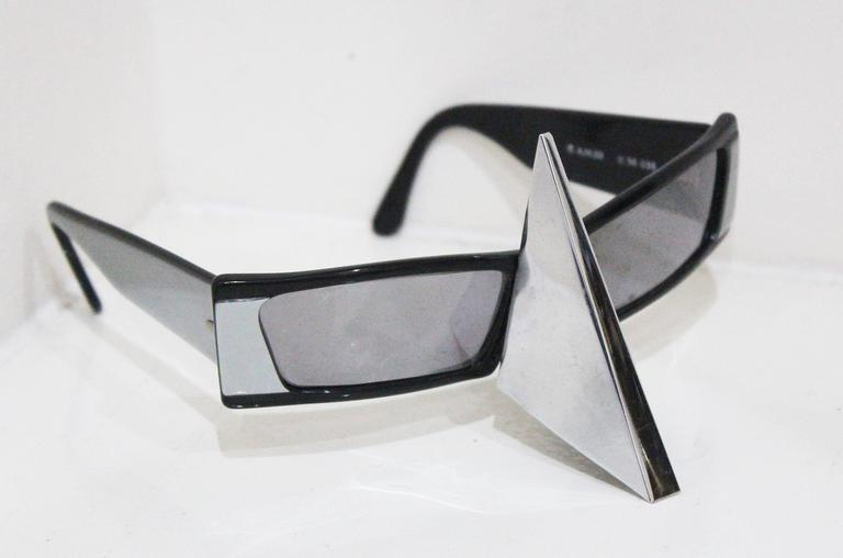 Women's or Men's Alain Mikli nose shield sunglasses, c. 1988  For Sale