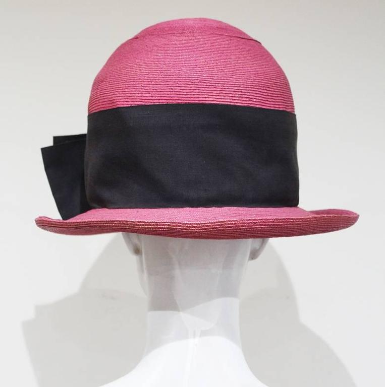 Vivienne Westwood mens oversized pink straw hat, c.1990s In Good Condition For Sale In London, GB