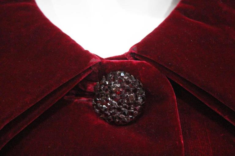 Women's Christian Dior Haute Couture silk velvet opera coat, Autumn/Winter 1956 For Sale