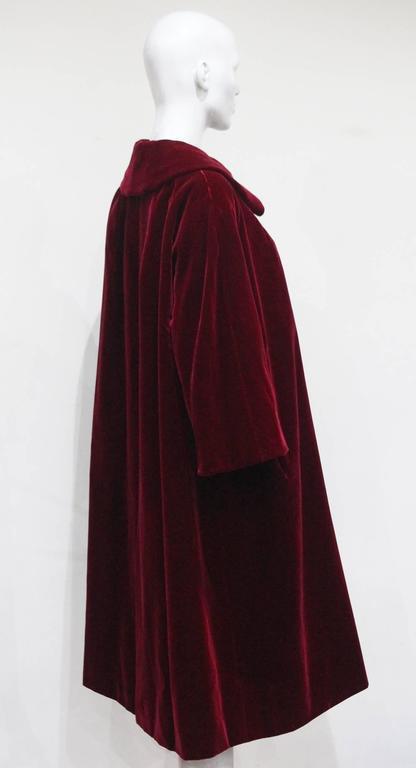 Christian Dior Haute Couture silk velvet opera coat, Autumn/Winter 1956 For Sale 2