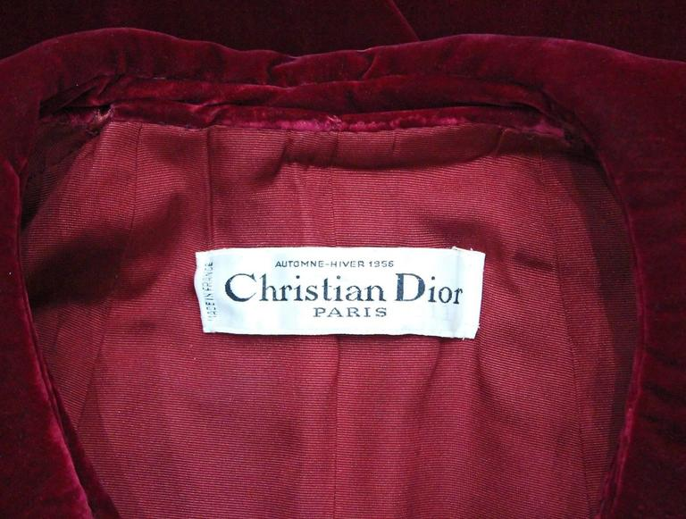 Christian Dior Haute Couture silk velvet opera coat, Autumn/Winter 1956 For Sale 5