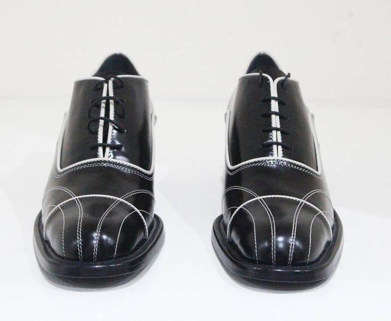 Prada lace up black leather brogues with contrast stitch sz 38.5, c.1990s 3