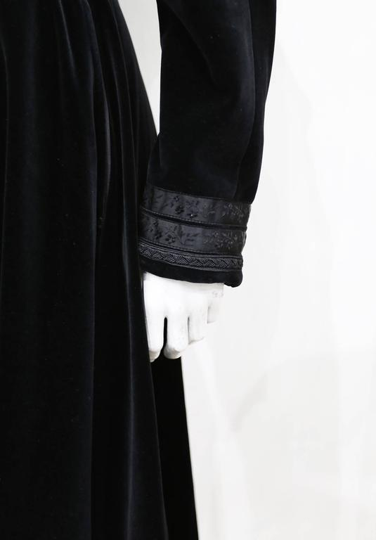 Jean Paul Gaultier black velvet and silk Russian inspired evening coat, c. 1980s In Excellent Condition For Sale In London, GB