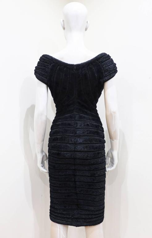 Alaia black chenille-knitted evening dress, c. 1994 In Excellent Condition For Sale In London, GB