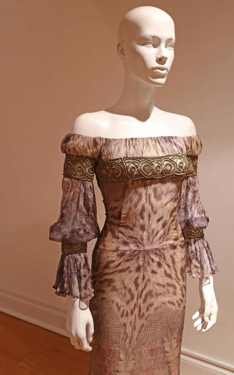 Alexander McQueen evening gown, Autumn-Winter 2004 2