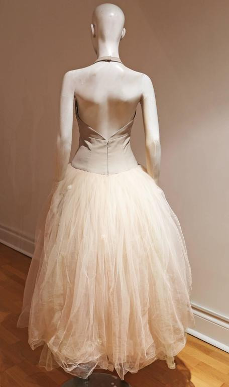 Vera Wang Tulle Halter Neck Bridal Dress In Excellent Condition For Sale In London, GB