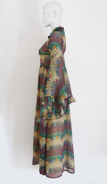 Gray Samuel Sherman novelty print voile summer dress, c. 1970 For Sale