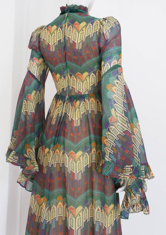Women's Samuel Sherman novelty print voile summer dress, c. 1970 For Sale