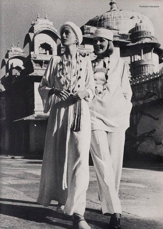 Gray Yves Saint Laurent white cheesecloth Moroccan caftan ensemble, circa 1976 For Sale