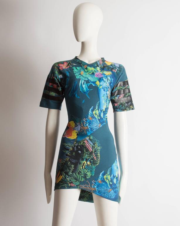 Balenciaga by Nicolas Ghesquiere scuba mini dress, SS 2003 2