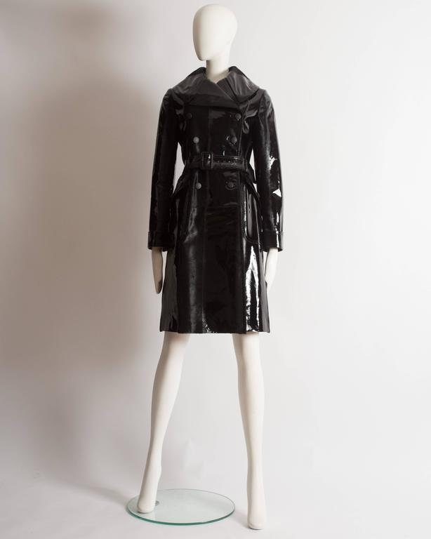 Black Alaia structured varnished pony hair trench coat, AW 2014 For Sale
