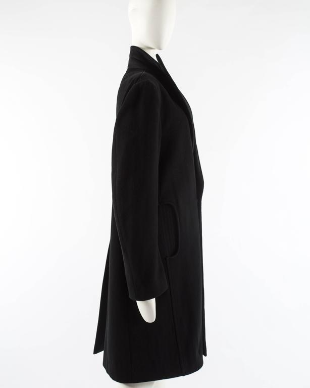 Maison Martin Margiela Autumn-Winter 1996 oversized coat with exaggerated collar For Sale 1
