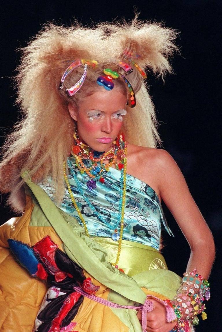 John Galliano for Christian Dior Haute Couture Autumn-Winter 2001 candy choker 2