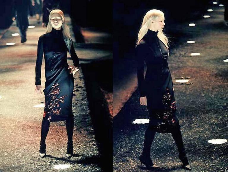 Alexander McQueen Autumn-Winter 1998 'Joan' beaded evening dress 2