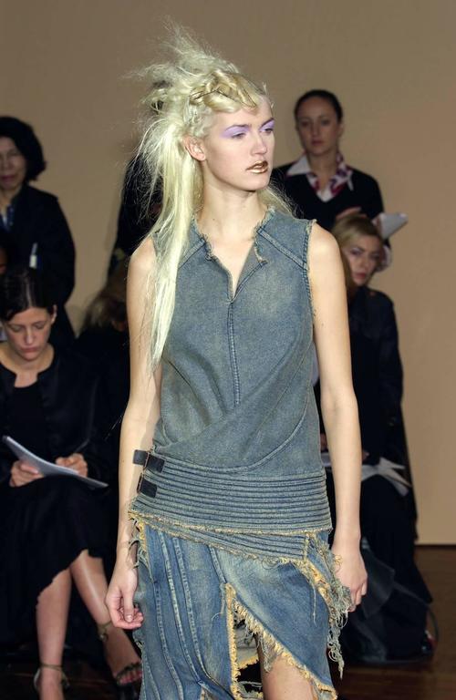Black Junya Watanabe Spring-Summer 2002 bias cut denim flared skirt  For Sale
