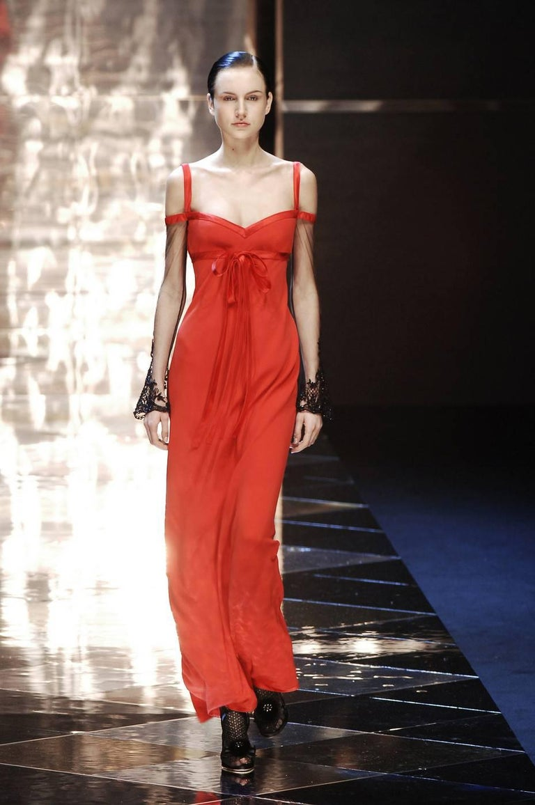 Valentino Autumn Winter 2005 Red Evening Dress With