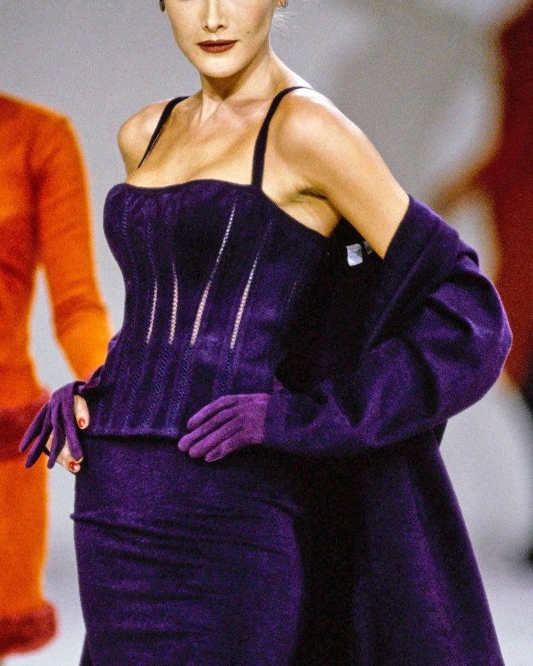 Black Alaia Autumn-Winter 1991 plum corset vest For Sale