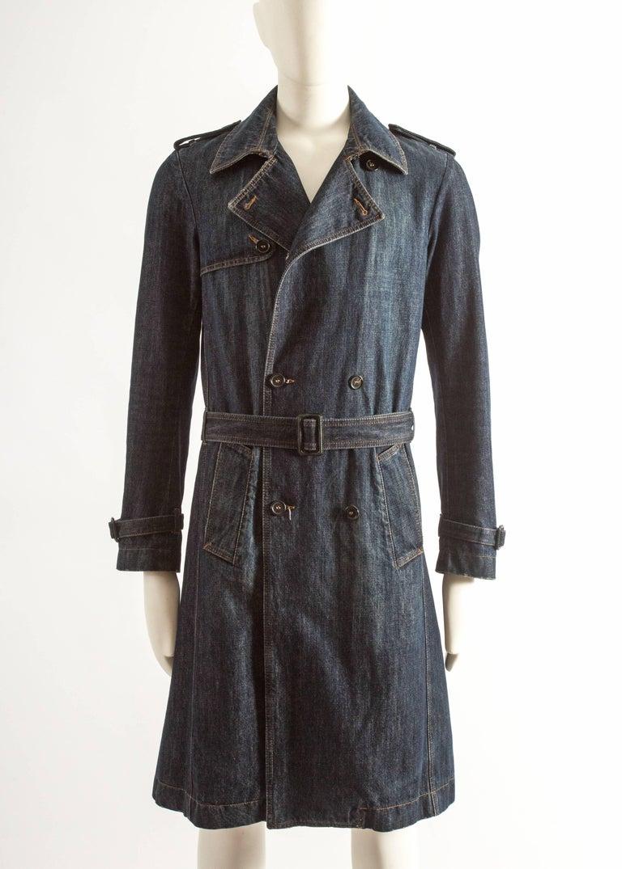 7b66ebe2fe66 Alexander McQueen Men s blue denim trench coat For Sale at 1stdibs