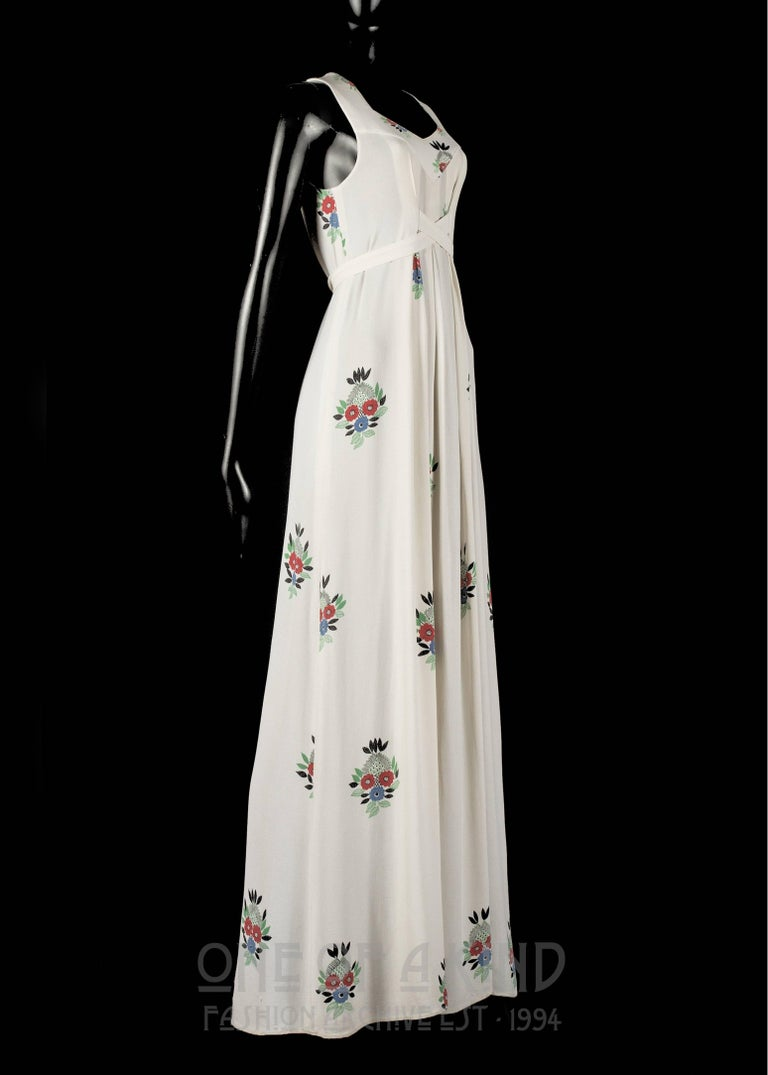Ossie Clark full length moss crepe maxi dress with Celia Birtwell print, 1970s In Good Condition For Sale In London, GB