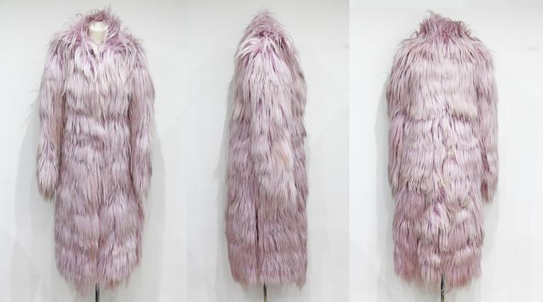 Important and rare Tom Ford for Gucci runway pink fur coat, Fall 2001 3