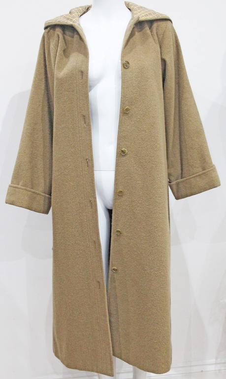 1970s Yves Saint Laurent camel hooded Loden coat, Fall 1975 In Good Condition For Sale In London, GB