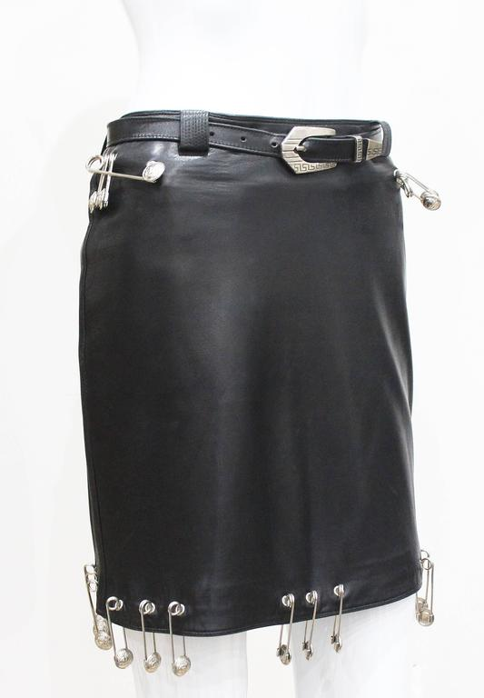 Important Gianni Versace safety pin leather mini skirt, Fall 1994 5