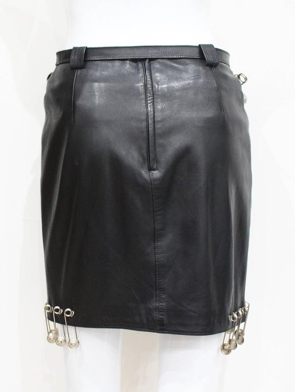 Important Gianni Versace safety pin leather mini skirt, Fall 1994 6