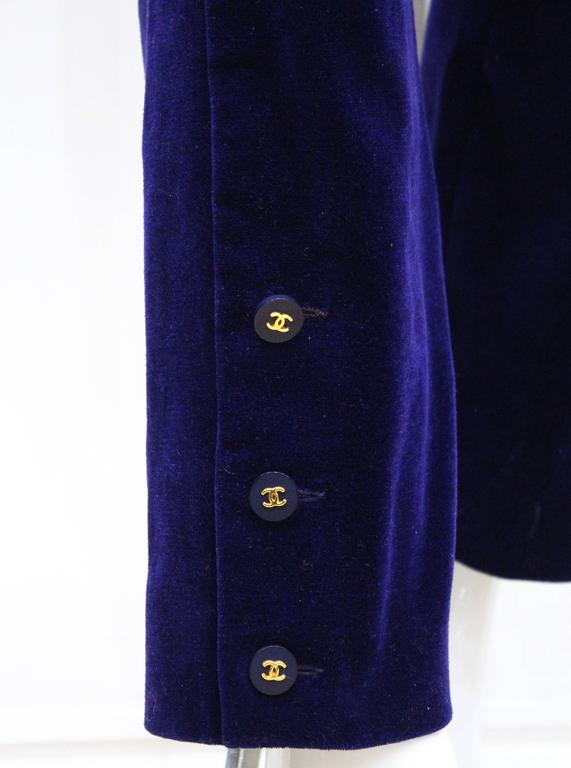 Exceptional Chanel purple velvet pant suit, Fall 1993  For Sale 1