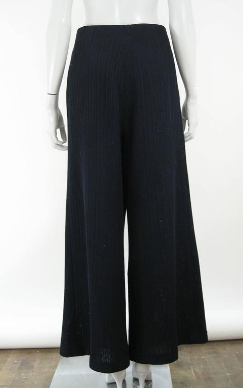 Discover wide leg and flared pants with ASOS. From 70s style bell bottoms to tailored work pants with ASOS. Missguided paper waist culottes in navy pinstripe. $ Miss Selfridge wide leg culottes with belt detail in check. $ Pull&Bear Blue Check High Waist Wide Leg Crop PANTS. $ You've viewed 72 of products. Load more.