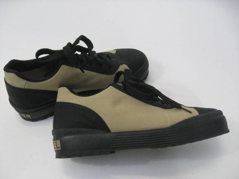 Chanel Black and Off-White Athletic Shoes  In Excellent Condition For Sale In San Francisco, CA