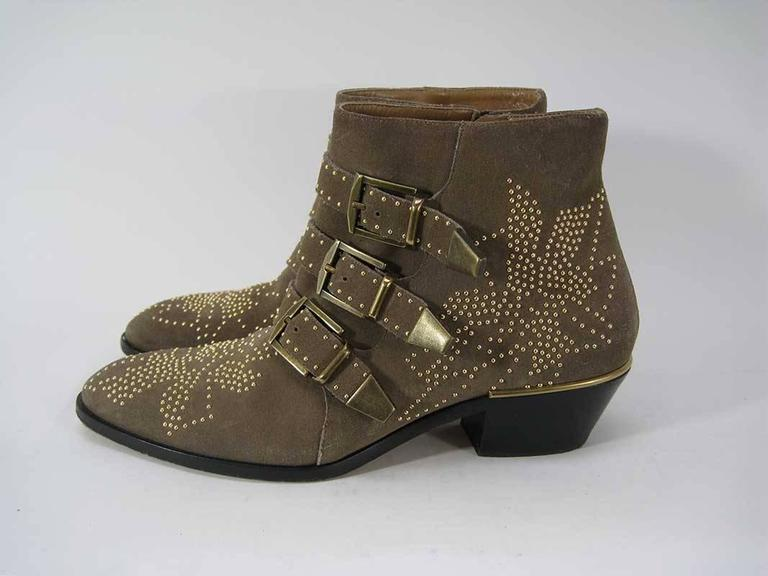 Chloe Susanna Boots Studded Coffee Brown Suede In Good Condition For Sale In San Francisco, CA