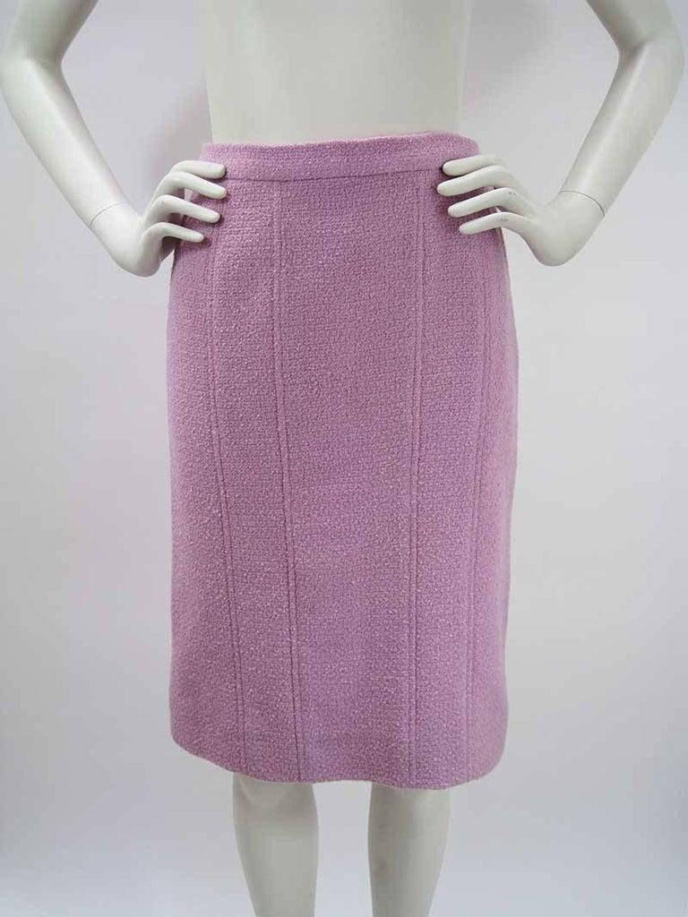 Chanel Boutique Lavender Wool Boucle Suit 6
