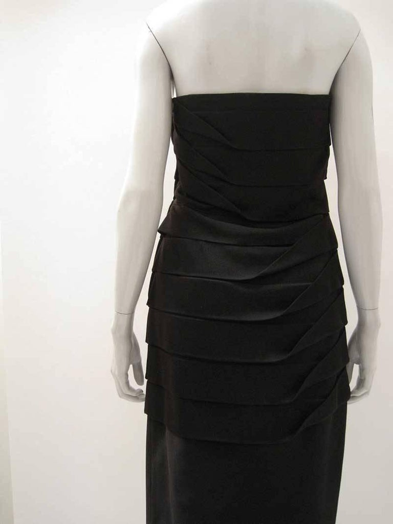 Gianni Versace Strapless Bodycon Cocktail Dress For Sale 1