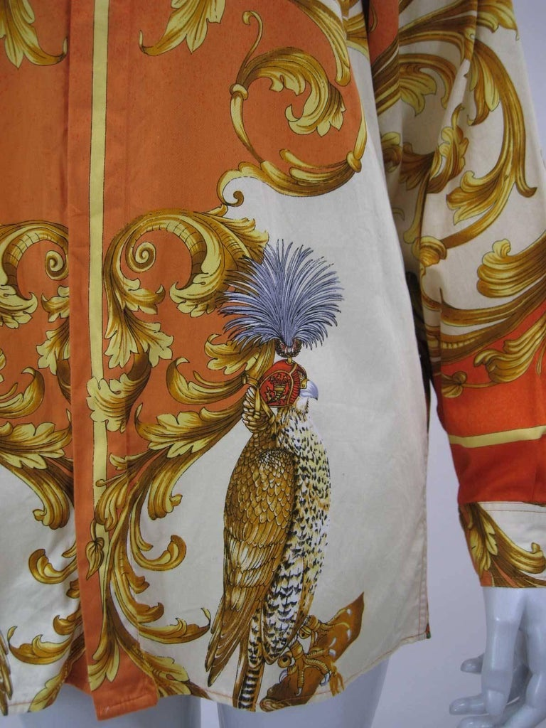 Brown Versus Gianni Versace Baroque Printed Goddess Bird Motif Shirt For Sale