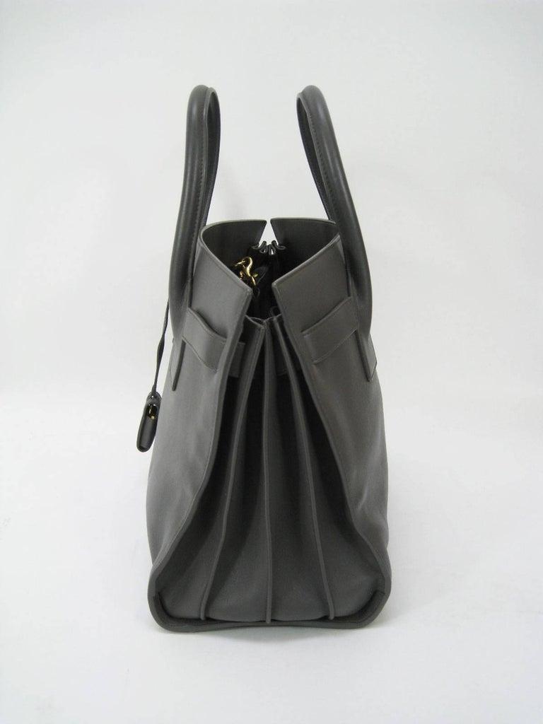 Saint Laurent Baby Sac De Jour Gray Leather Handbag Purse  In Good Condition For Sale In San Francisco, CA