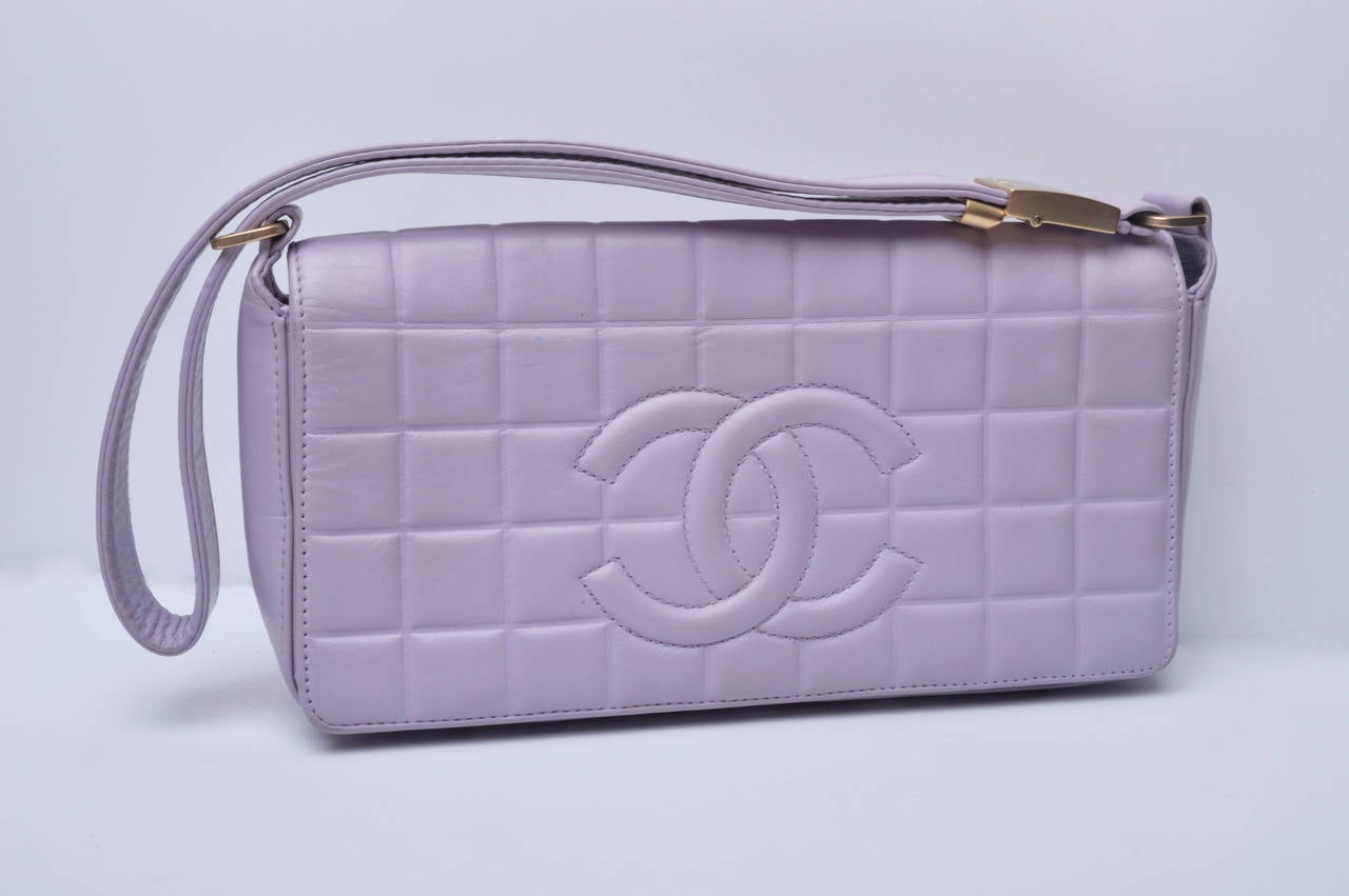 Gray Chanel Cc Lilac Leather Quilted Handbag For Sale