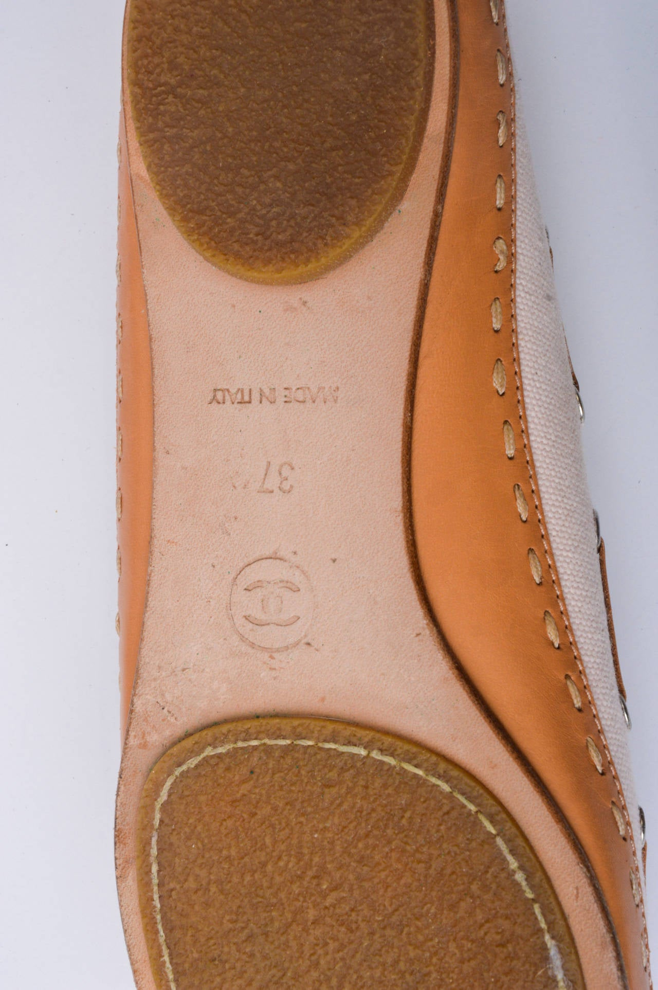 Chanel Pink & Tan Canvas & Leather Ballet Flats Size 37 In Good Condition For Sale In San Francisco, CA