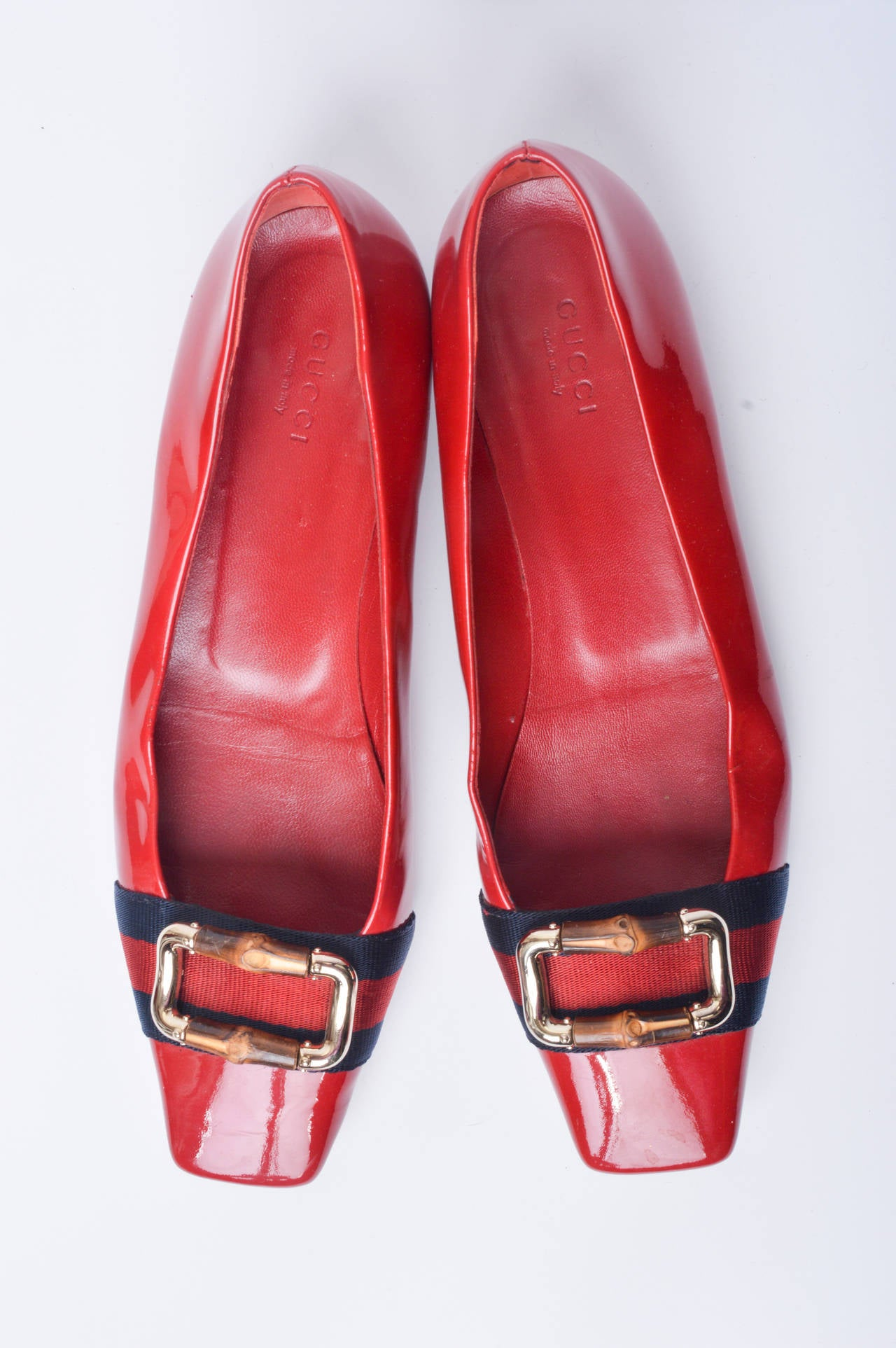 Gucci Red Patent Leather Mod Flats Size 8 In Excellent Condition For Sale In San Francisco, CA