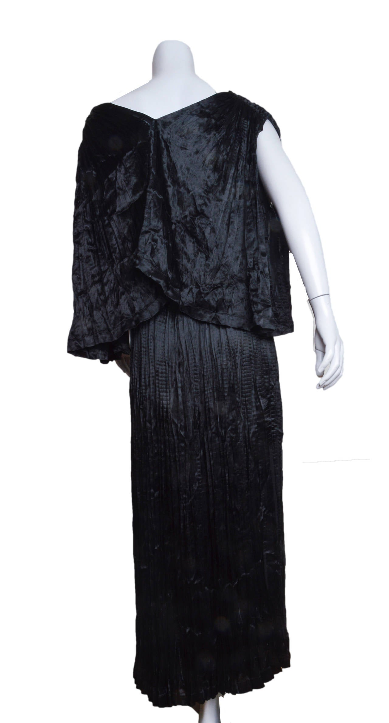 Issey Miyake 2 Piece Pleated Ensemble For Sale 3